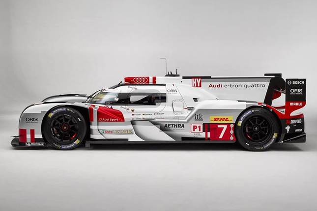 24h du mans 2015 une audi r18 adapt e au mans. Black Bedroom Furniture Sets. Home Design Ideas