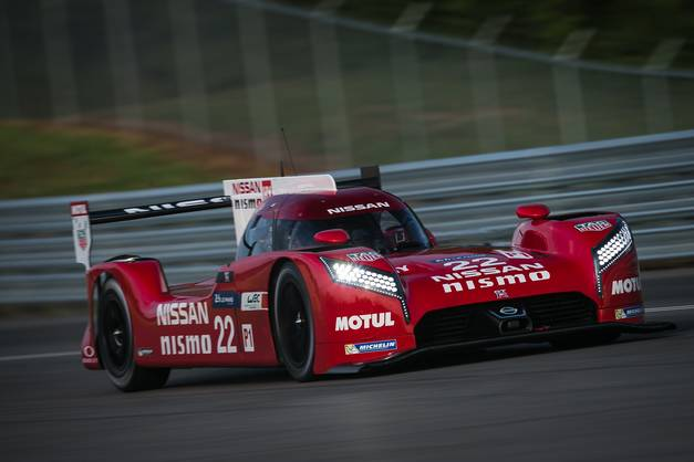 24h du mans 2015 3 jours d 39 essais pour nissan. Black Bedroom Furniture Sets. Home Design Ideas